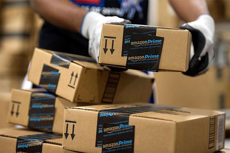 Amazon reduce timpul de livrare pentru a concura cu vânzătorii din China